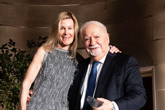 Eileen Shields-West, board chair of Refugees International, with Vartan Gregorian, president of Carnegie Corporation of New York, who was honored with the organization's McCall-Pierpaoli Award (Photo: Kevin Allen Photography)