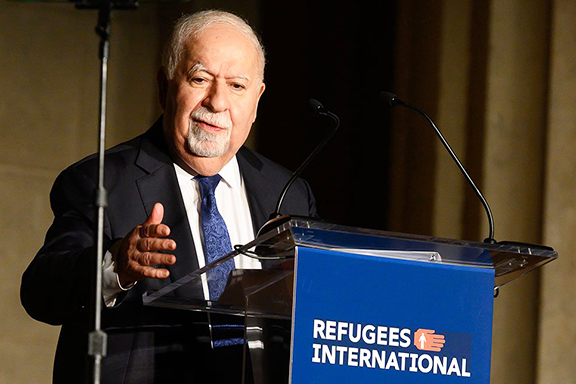 Vartan Gregorian speaking at Refugees International's 40th Anniversary Dinner, April 30, 2019 (Photo: Kevin Allen Photography)