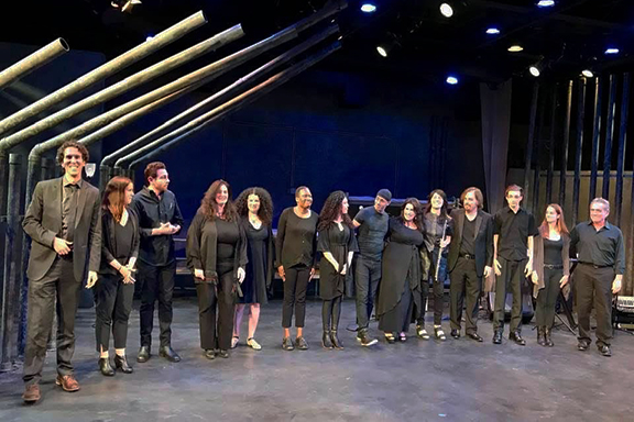 """The cast and musicians of """"Triumph of the Armenian Spirit"""""""