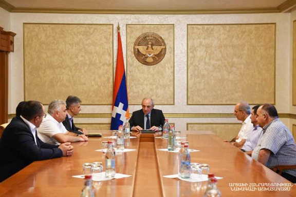 Artsakh President Bako Sahakian meets with ARF Central Committee of Artsakh