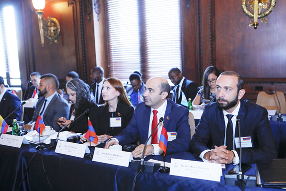 Ararat Mirzoyan (right) with the Armenian Parliamentary delegation at the Leadership Forum in Washington