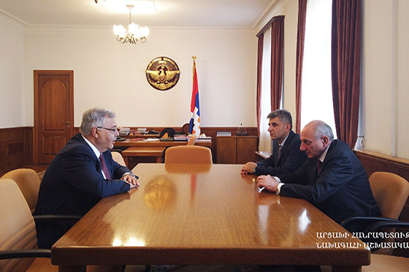 ARF Bureau Chairman Hagop Der Khachadourian meets with Artsakh President Bako Sahakian on August 7 in Stepanakert