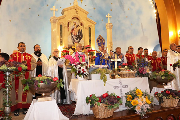Prelate Mardirossian conducted the blessing of grapes and madagh at St. Mary's Church on Sunday, August 18