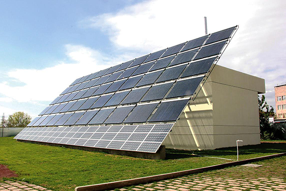 Avedisian School solar panels