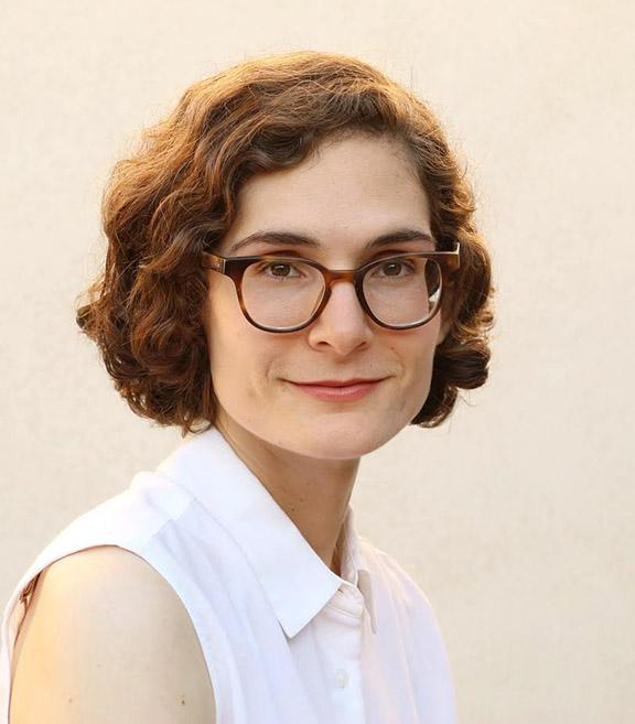 Lory Dedeyan, archivist and AWA advisory board