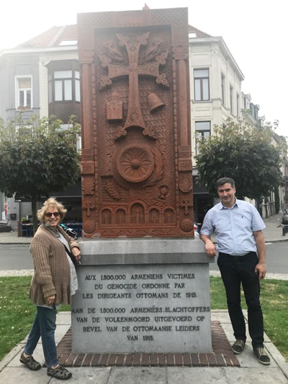 Catherine Yesayan with Karen Tatevosyan at the Khachkar in Ixelles, Belgium