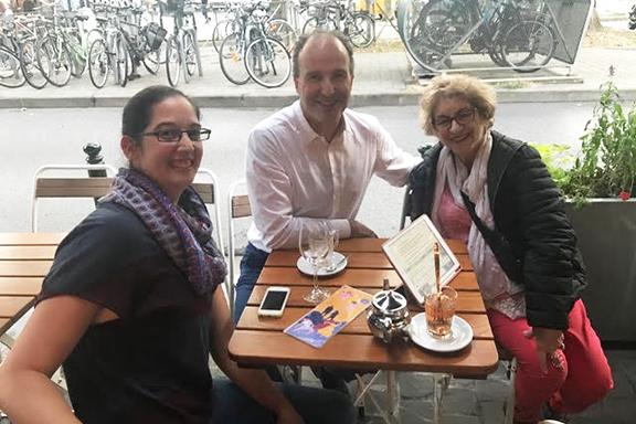 From l to r: Lori Mahmourian, Nicolas Tavitian, Catherine Yesayan