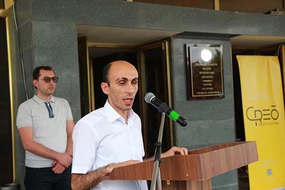 Ombudsman Artak Beglaryan speaking at the festival he organized in Artsakh