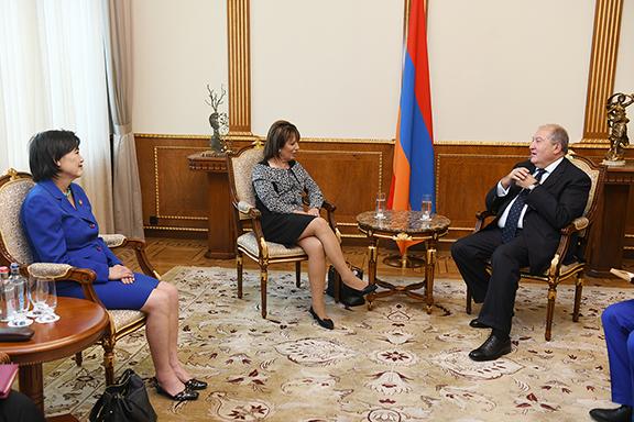 President Armen Sarkissian meets with representatives Jackie Speier and Judy Chu