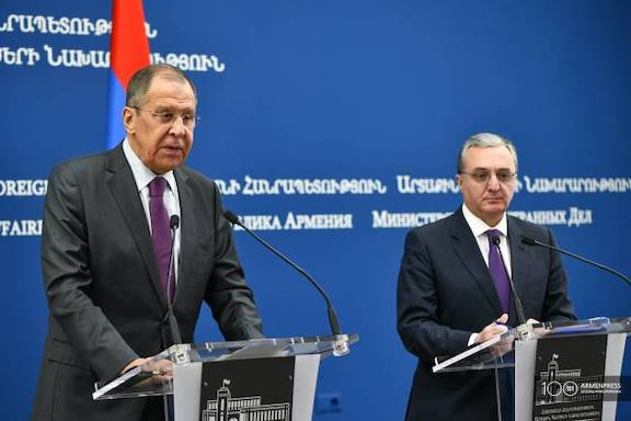 Russian Foreign Minister Sergey Lavrov in Yerevan on Nov. 11, 2019 with his Armenian counterpart Zohrab Mnatsakanyan