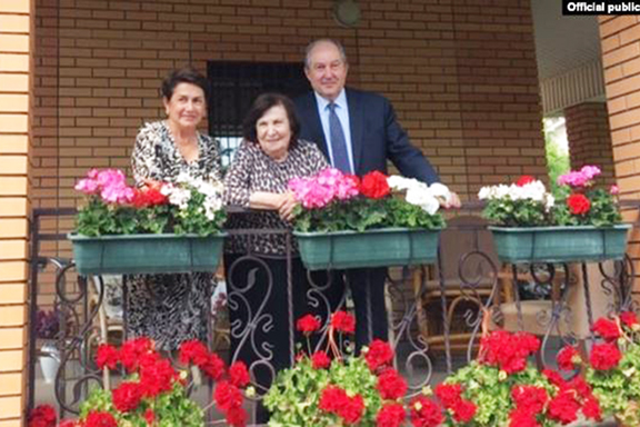 President Armen Sarkissian and first lady, Noune (lef) with Gohar Vartanian