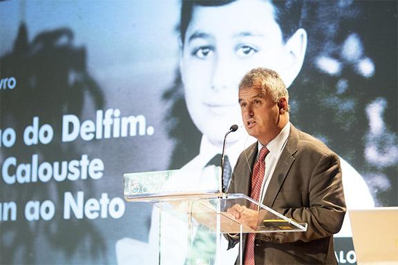 "Martin Essayan speaking at the book launch: ""A Educação do Delfim: Calouste Gulbenkian's Letters to his Grandson."" Photo by: Marcia Lessa"