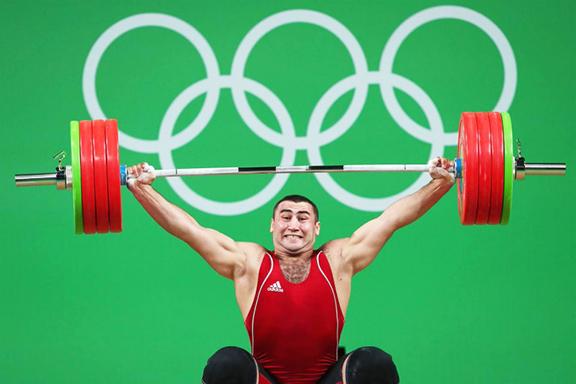 Armenian weightlifter Simon Martirosyan