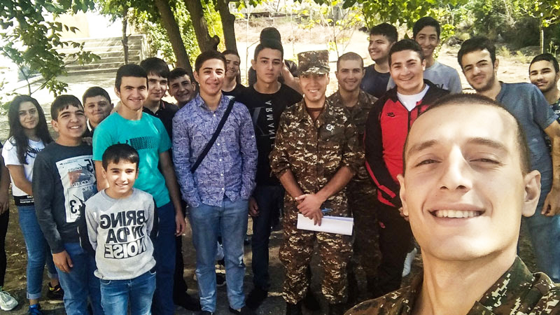 Hayk Kocharyan with TUMO students