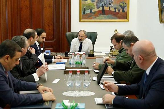 Prime Minister Nikol Pashinyan convened a meeting of Armenia's top leaders to assess U.S.-Iran tensions
