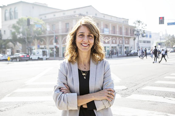 Dr. Alina Dorian