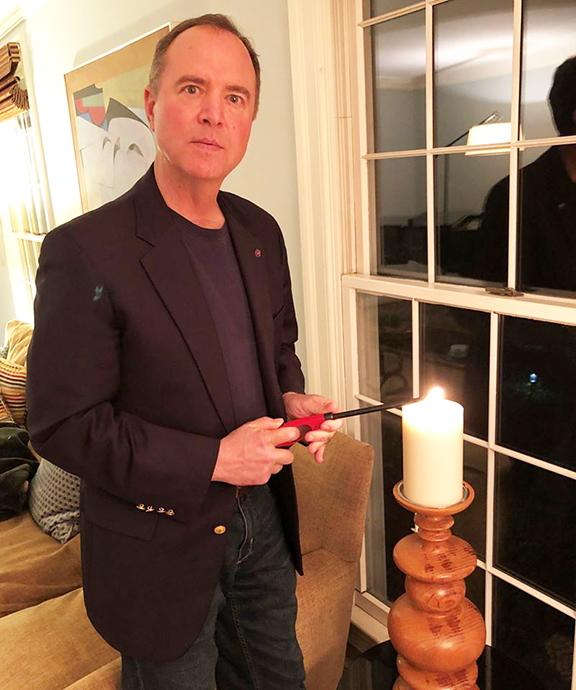 In heeding a call by the ANCA Crescenta Valley chapter, Rep. Adam Schiff placed a candle at his window to mark the Genocide anniversary