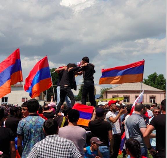 Javakhk Armenians danced and sang patriotic songs during the peaceful gathering