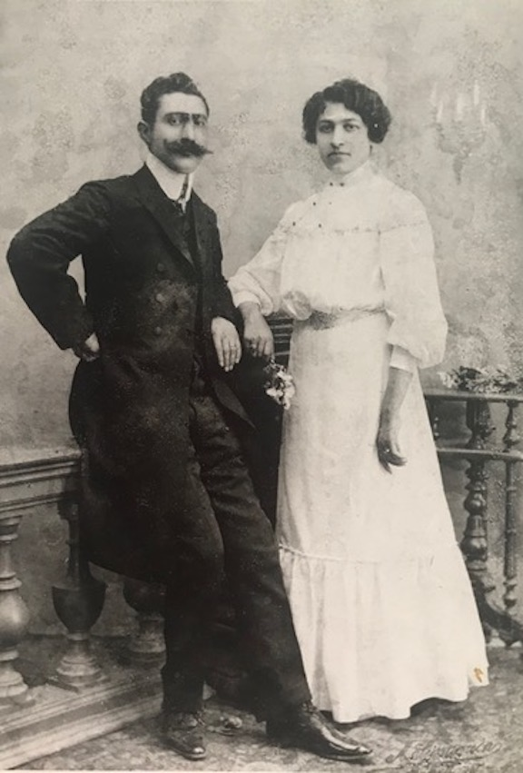 The author's grandparents on their wedding day in 1909