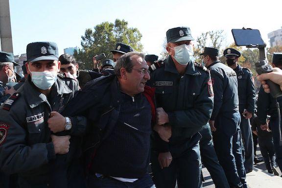 ARF Supreme Council of Armenia member Artsvik Minasyan be hauled to by NSS officials on Nov. 12