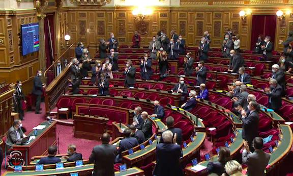French senators applaud the passage of resolution recognizing Artsakh