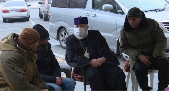 Catholicos Karekin II meets with ARF hunger strikers