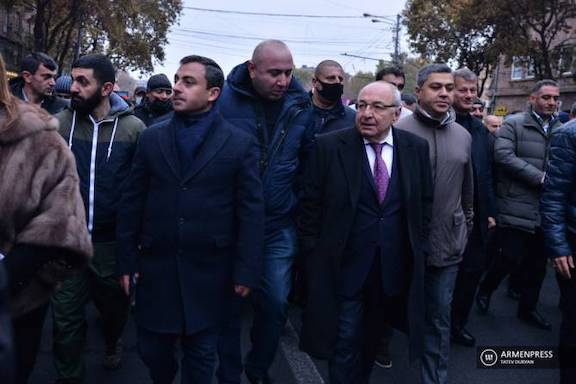Homeland Salvation movement leaders from left: Ishkhan Saghatelyan, Vazgen Manukyan and Artur Vanetsyan