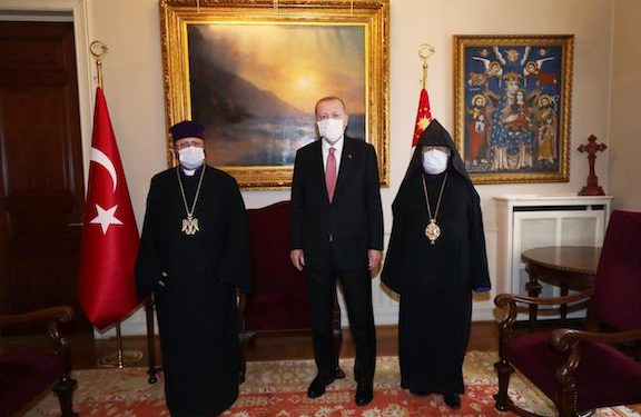Angry Erdogan Calls on Biden to 'Reverse' Genocide Recognition