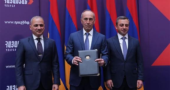 Kocharian's 'Armenia Alliance' Kicks Off Campaign Efforts