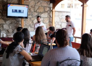 ARF Bureau Youth Office's 'Verelk' Program Launches Business Bootcamp in Artsakh