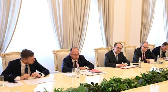 European Foreign Ministers Visit Armenia, Azerbaijan