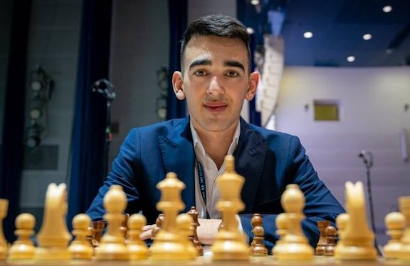 Armenian Chess Master Beats Azeri Rival to Advance in Championships