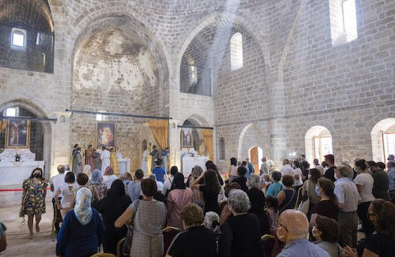 Armenian Church in Malatya Hosts First Mass in 106 years