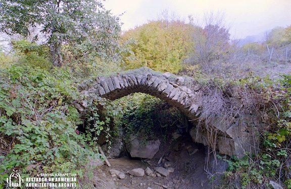 Azerbaijanis Destroy Makun Bridge in Artsakh's Hadrut
